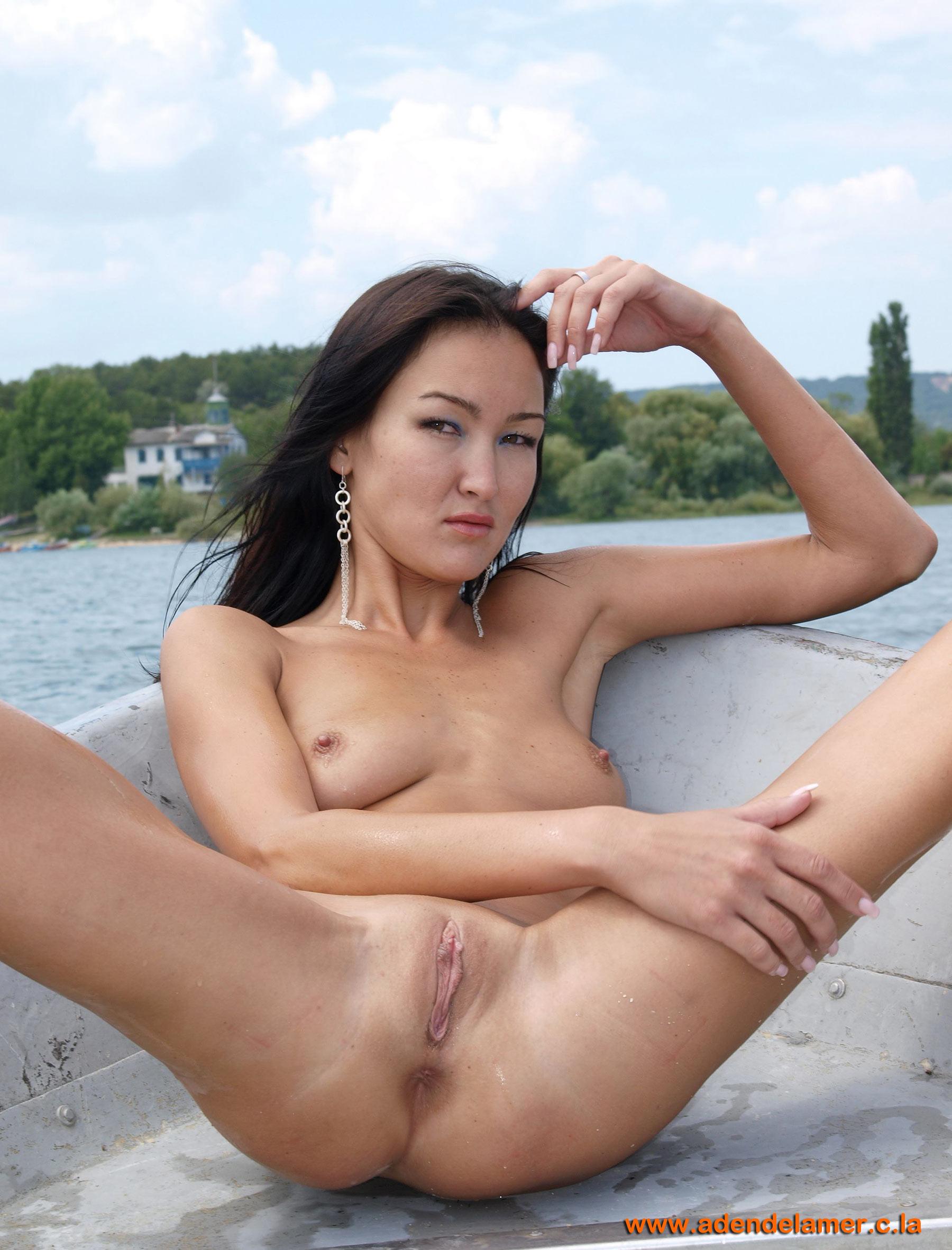 Бесплатное голые фото казашек фото 51-111